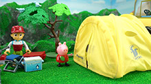 <B>小猪</B><B>佩奇</B>帐篷露营记